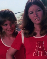 The Pom Pom Girls – Rediscovering 'The Cheerleaders' – (US 1973 – 82 mins)